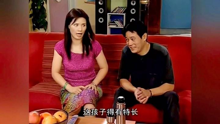 鄰居責怪劉梅沒給孩子選特長,夏東海一連尷尬